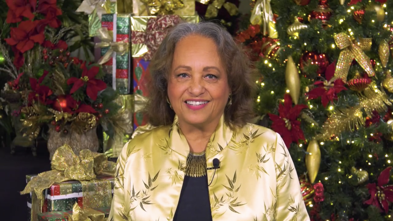 Daphne Maxwell Reid Has A Busy And Blessed Schedule As The Richmond Christmas Mother