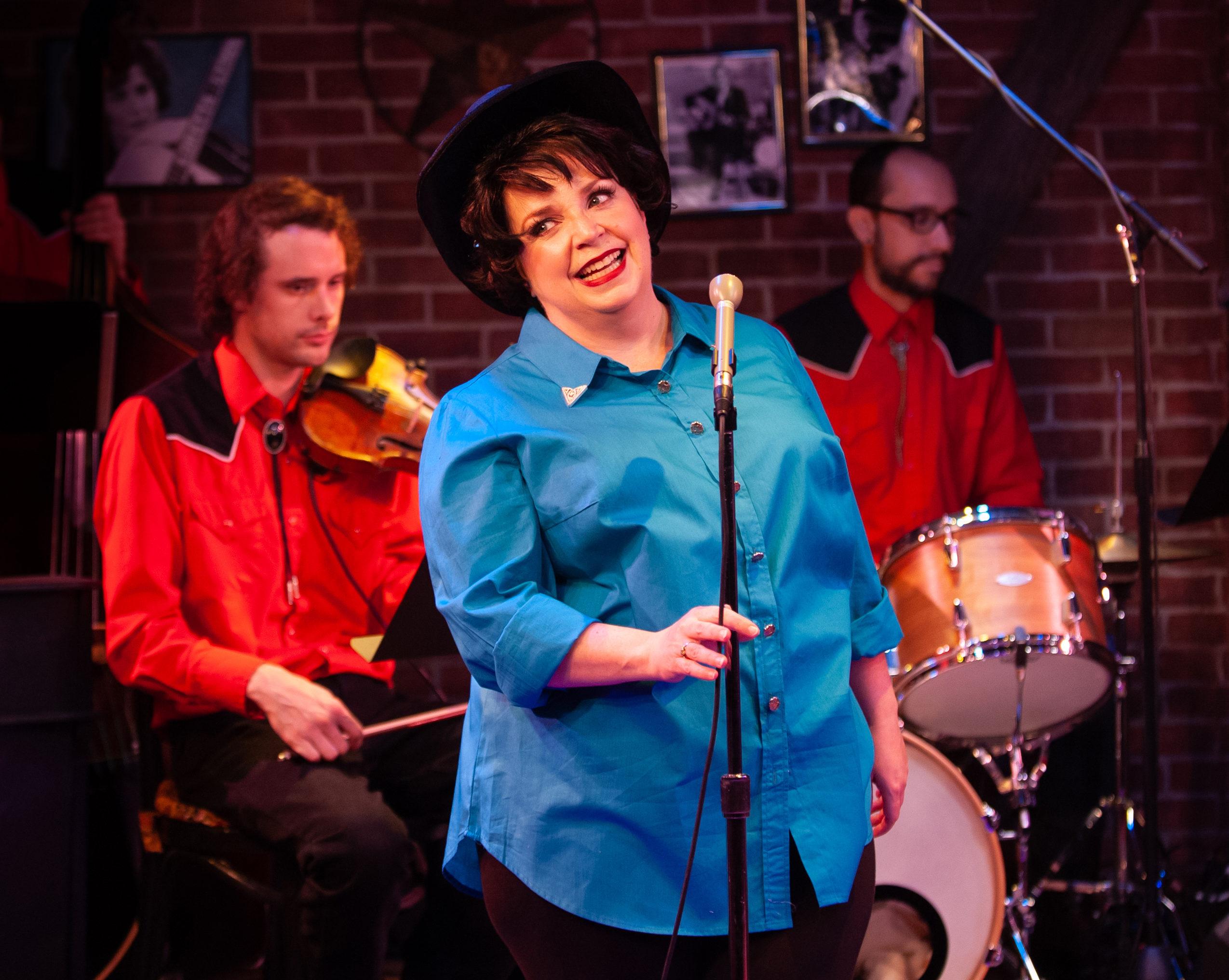 Debra Wagoner As Patsy Cline Is Must-See RVA Theatre